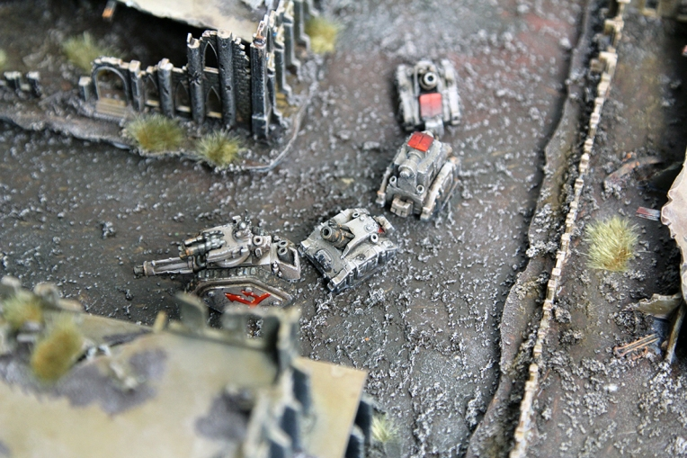 Epic Armageddon Chaos Squat Land Train